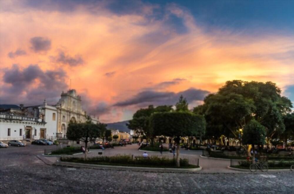 parque central de Antigua Guatemala